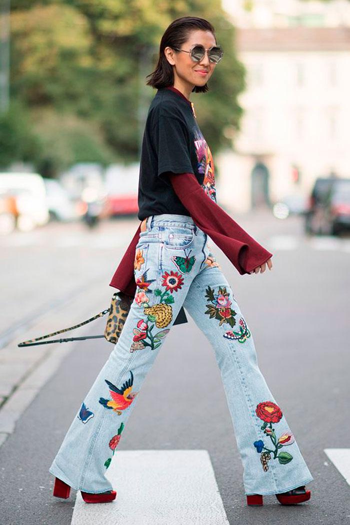 Risultati immagini per embroidered jeans street style
