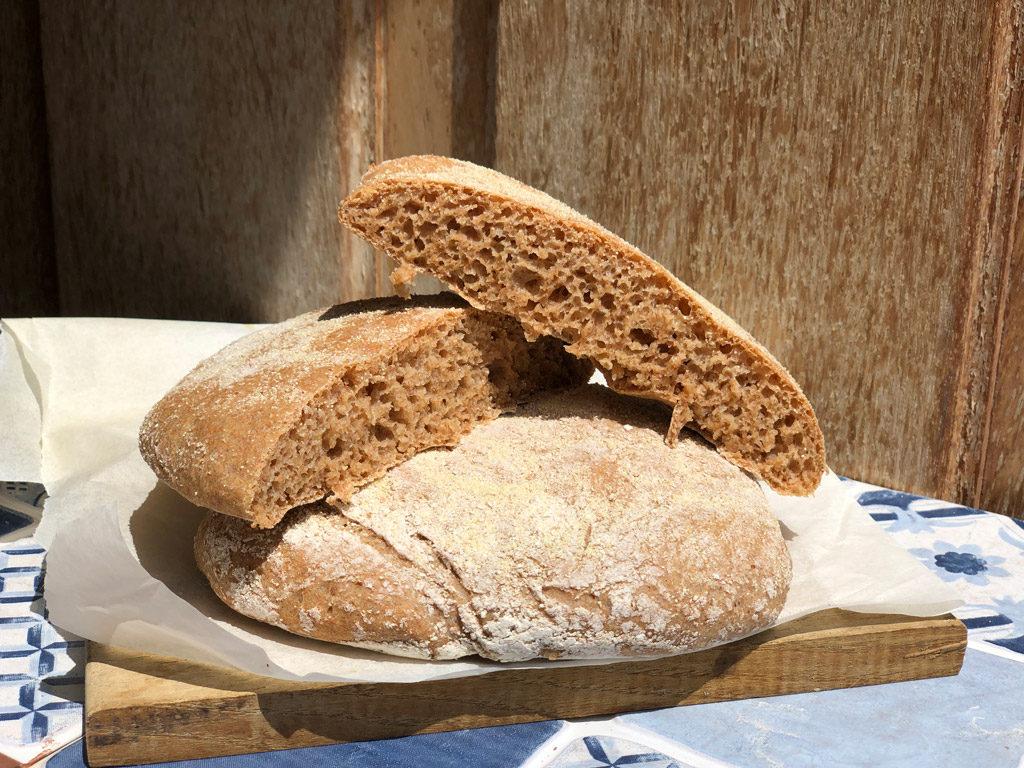 Pan marroquí elaborado con harina de espelta