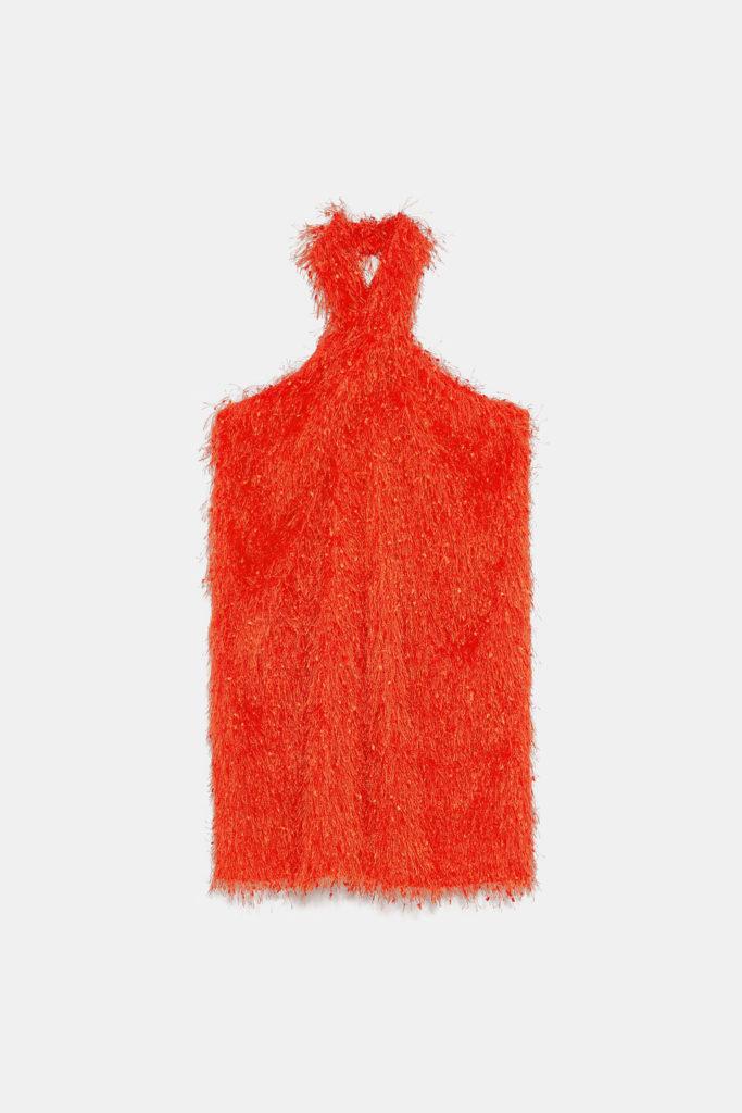Vestido cuello halter con flecos en naranja fluor de Zara